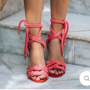 NWT coral knotted heels by Modern Rush sz 8